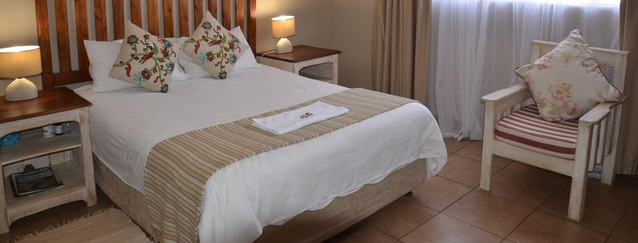 Double Room 6, Stoep Cafe Chalet Guesthouse