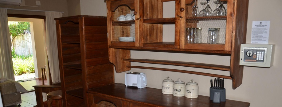 Self-Catering Chalet 2, Stoep Cafe Guesthouse